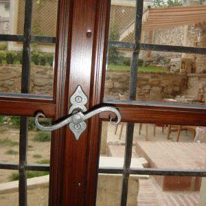 Isolerglasfenster mit hist. Fenstertrieb