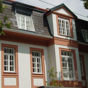 Kastenfenster mit Sprossenteilung