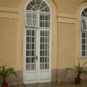 Terrassen-Kastenfenstertür