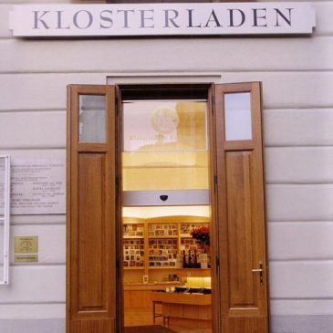 Eingang in den Klosterladen, Wien Schottenstift