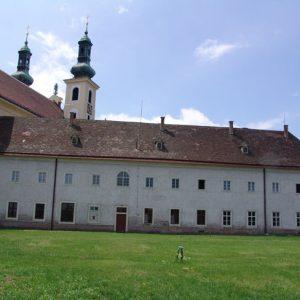 Kastenfenster neu im Klostergarten