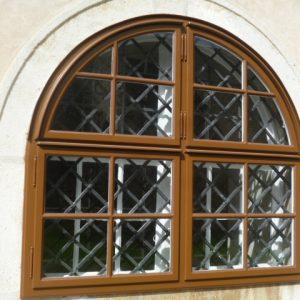 Kreuzsprossen-Kastenfenster restauriert