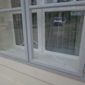 Kastenfenster und Rahmentür