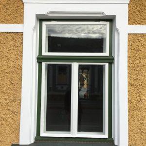 Kastenfenster mit Klapp-Oberlichtflügel