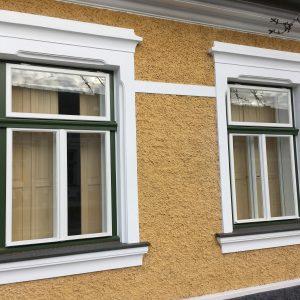 Kastenfenster mit Innenfensterläden