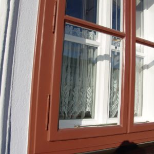 Kastenfenster mit Fitschenband